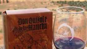 Cervantes y el vino de La Mancha han dado origen a la marca Hideputa que promueve la sociedad Cervantina de Alcázar