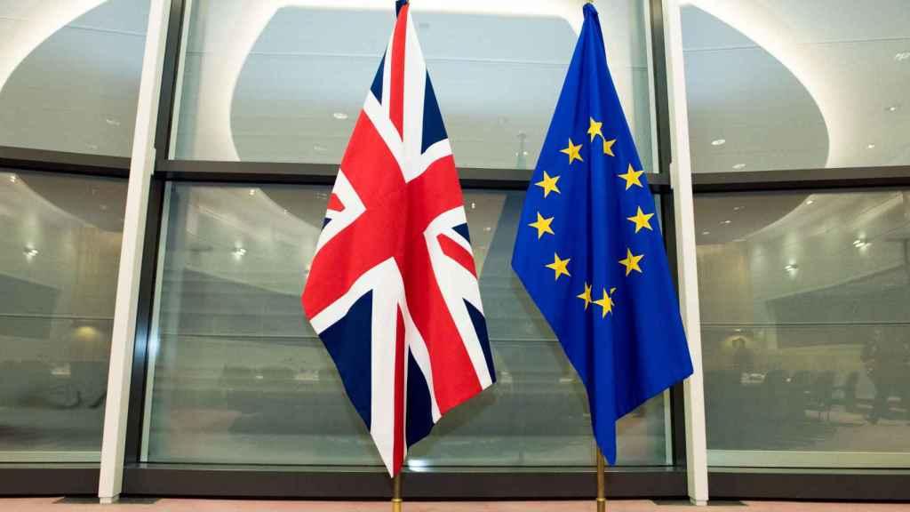 La guerra de las salchichas: Bruselas y Reino Unido vuelven a chocar por el 'brexit'