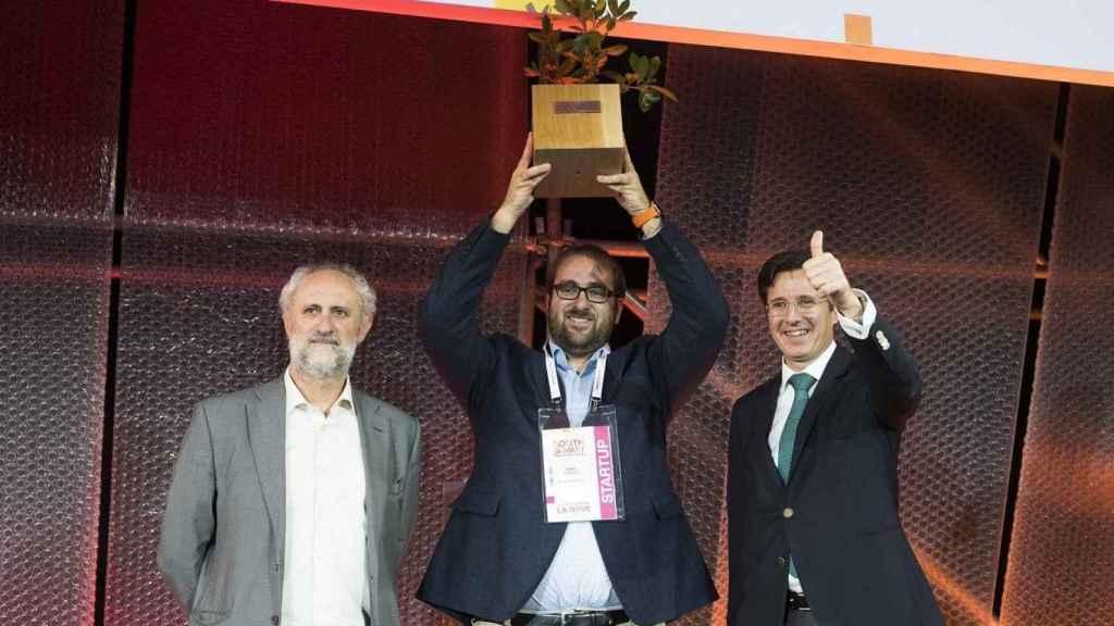 Enric Asunción, recogiendo el galardón de South Summit.
