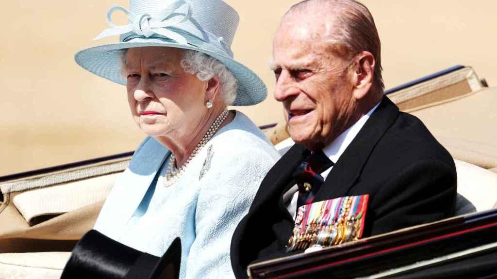 Isabel II y el duque de Edimburgo, en una imagen de archivo.