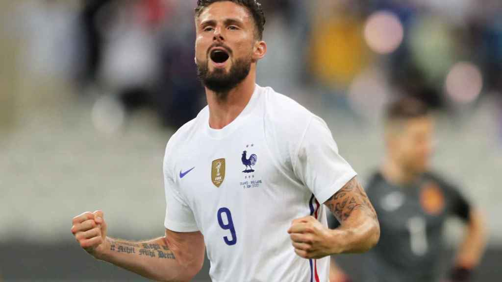 Giroud, celebrando un gol con Francia