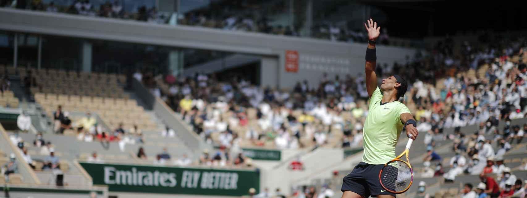 Rafa Nadal, durante su duelo contra Diego Schwartzman en Roland Garros 2021