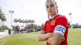 Alexia Putellas, con el brazalete de capitana de la selección española