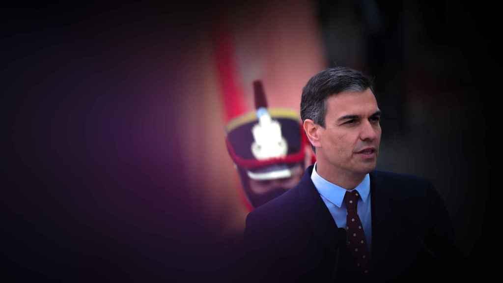 Pedro Sánchez, presidente del Gobierno, ante la Casa Rosada de Buenos Aires.