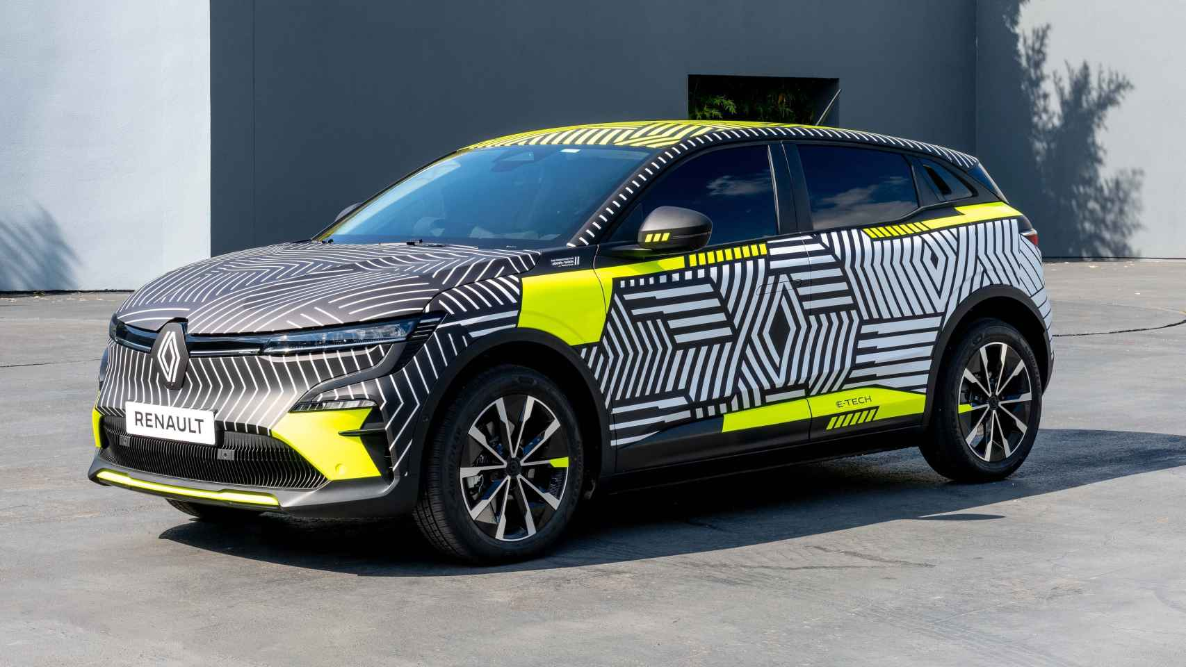 El nuevo Renault Mégane solo será eléctrico y tendrá 450 kilómetros de autonomía