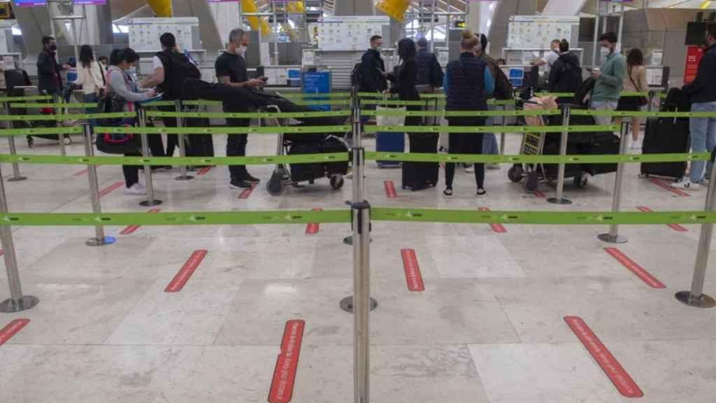Imagen de archivo del aeropuerto de Madrid Barajas durante la pandemia de la Covid. EP