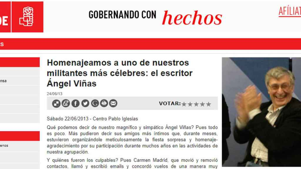 El PSOE homenajea al historiador Ángel Viñas.