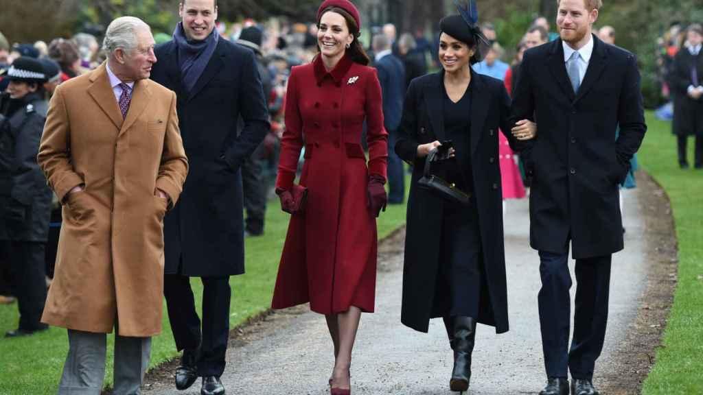 Desde su marcha, los duques de Sussex apenas han intercambiado palabras con la familia real como antaño.