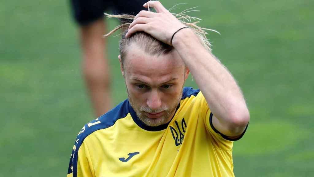 Roman Bezus durante un entrenamiento de la selección de Ucrania