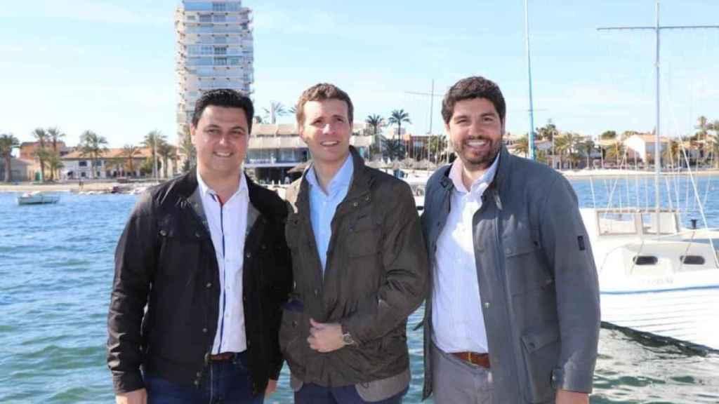 Los populares José Miguel Luengo,  Pablo Casado y Fernando López Miras.