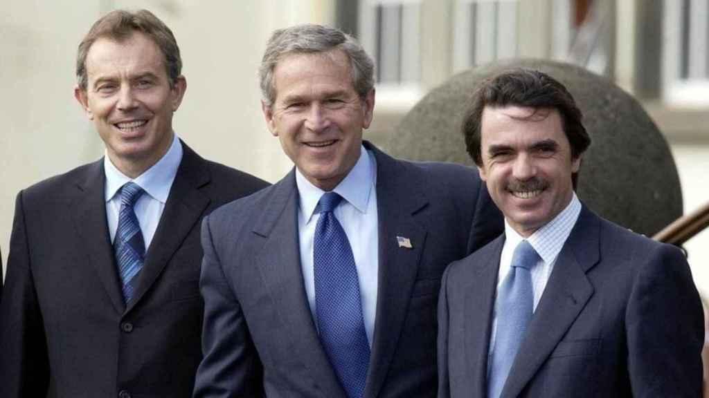 Tony Blair, George W. Bush y José María Aznar, la cumbre de las Azores en la que se decidió  la invasión de Irak, el 16 de marzo del 2003.