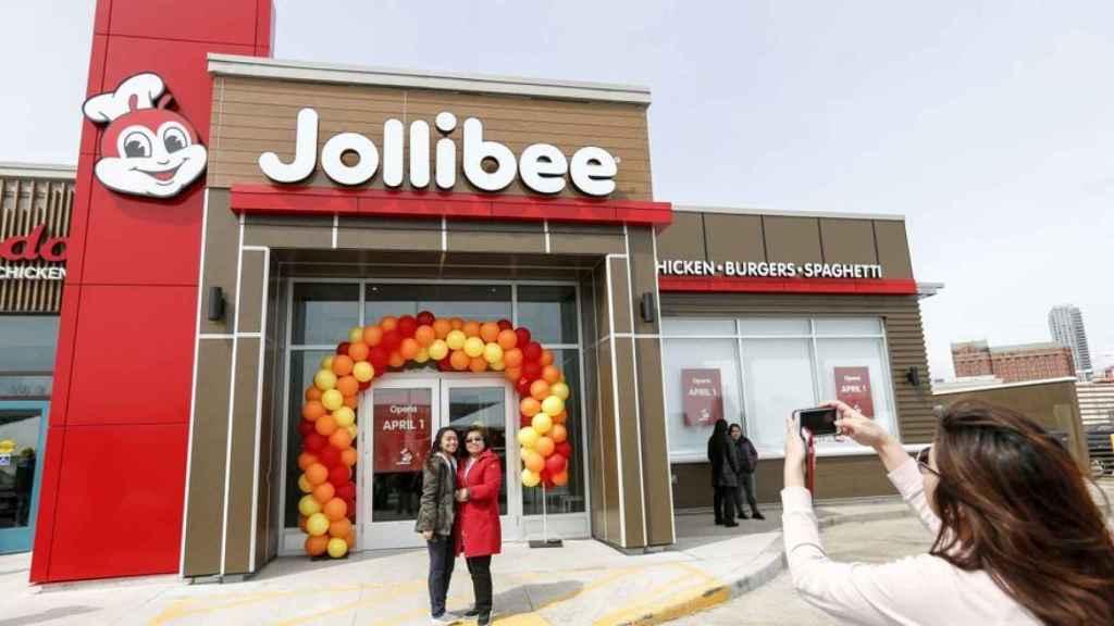 Jollibee, el gigante filipino de comida rápida, llega a España este otoño