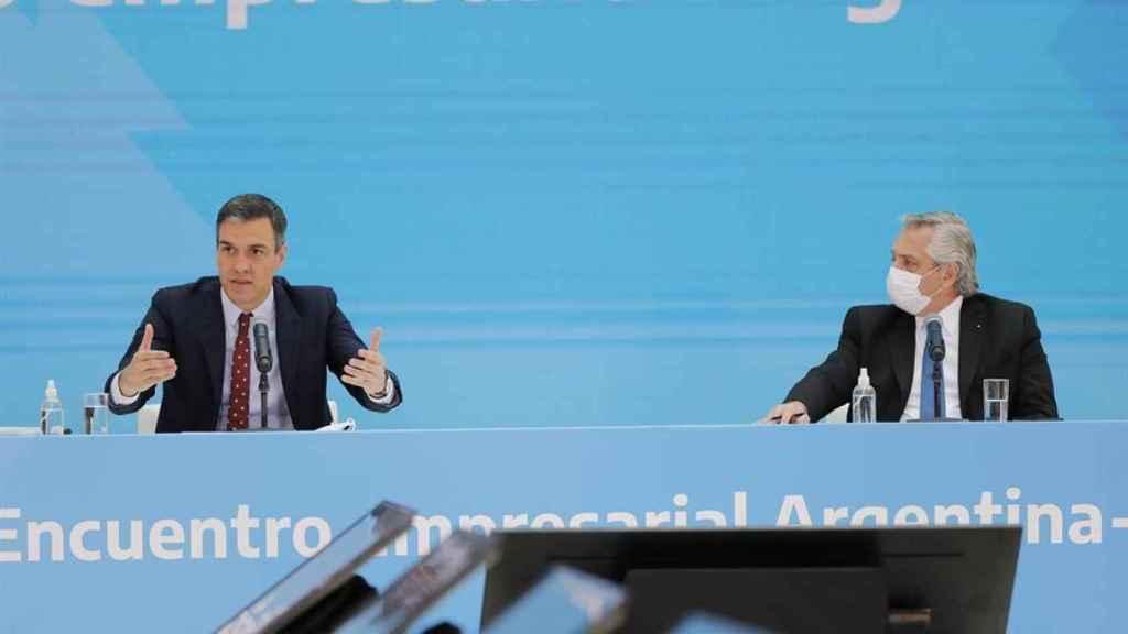Los presidentes de España y Argentina, Pedro Sánchez y Alberto Fernández, en Argentina.