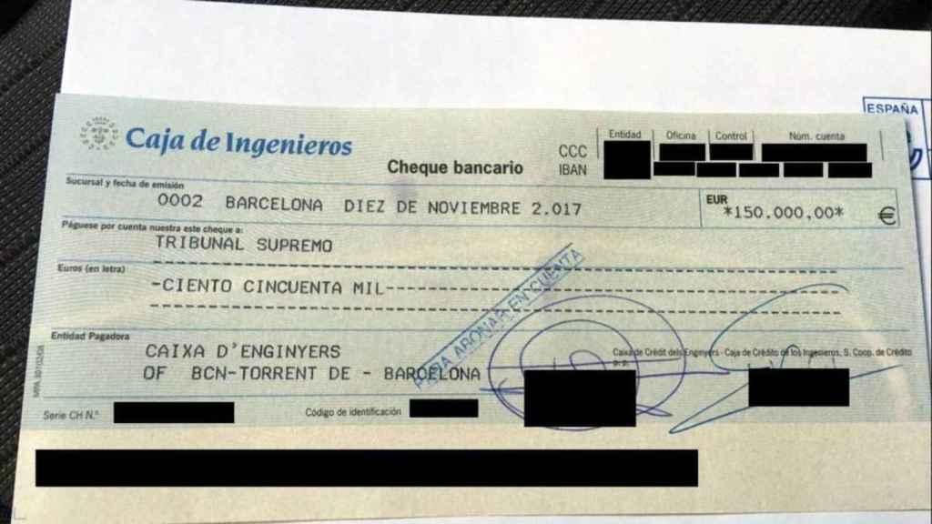 Cheque de la Caja de Ingenieros con la que la ANC publicitó la fianza de Carme Forcadell.