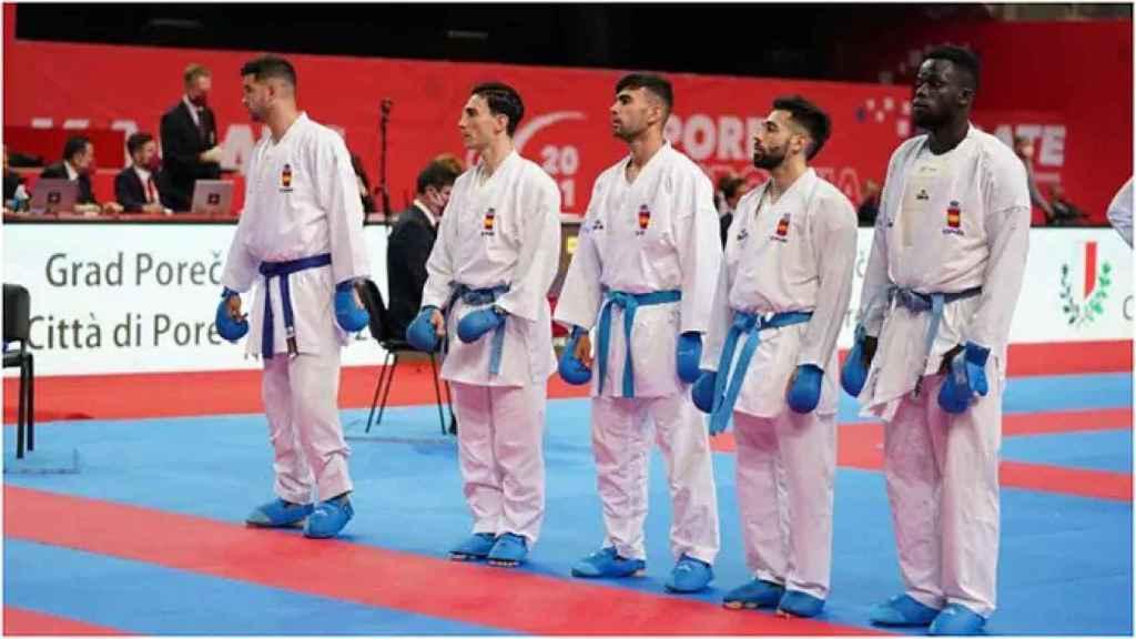 El equipo de kárate kumite en el europeo