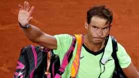 Nadal se despide del público de Roland Garros