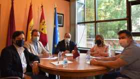 Primera reunión de Emilio Sáez como alcalde de Albaceete