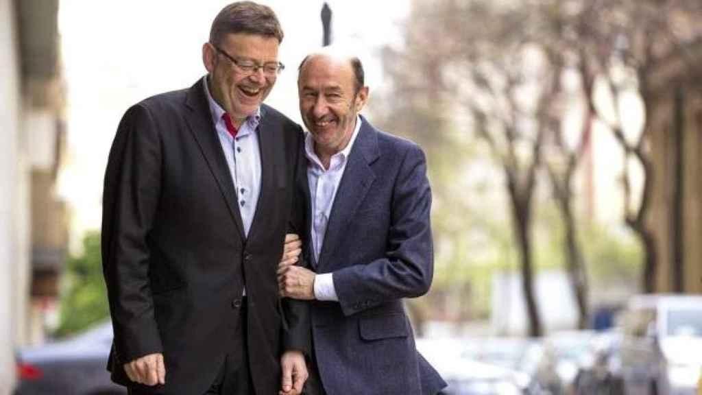 Puig, presidente valenciano, junto a Rubalcaba, ideólogo de la nunca ejecutada supresión de las diputaciones . EE