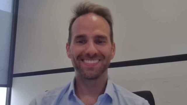 Josh Giegel, CEO de Virgin Hyperloop, durante la conversación en la que formó parte D+I.
