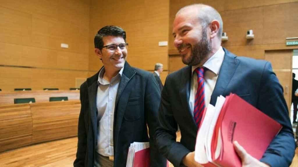 Jorge Rodríguez, expresidente de la Diputación de Valencia; y Toni Gaspar, el actual. EE