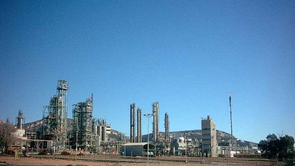 Vista general del centro industrial de Repsol en Puertollano (Ciudad Real)