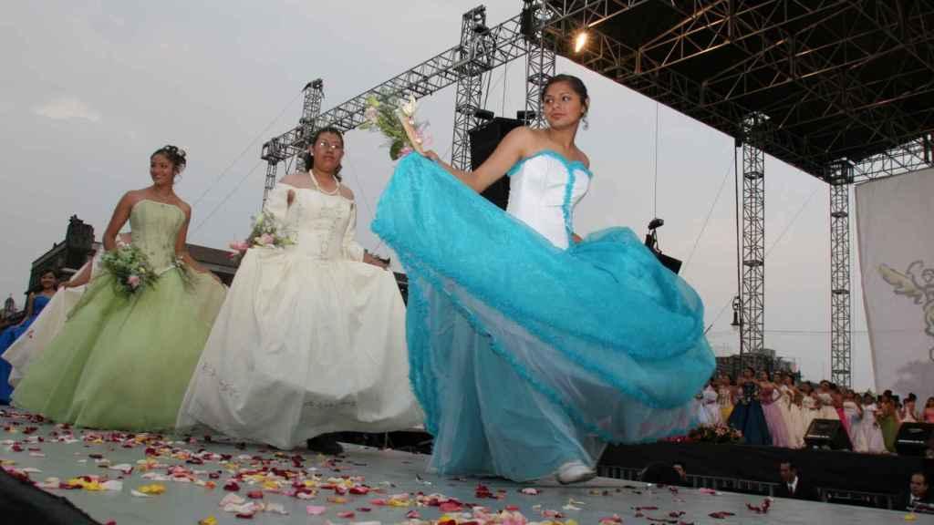 Celebración de las Quinceañeras en México D.F.