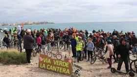 300 ciclistas se manifiestan por la 'Vía Verde de La Cantera' en febrero de 2019