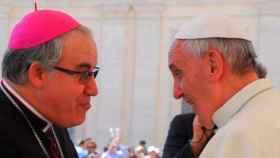 Saiz Meneses junto al Papa Francisco en una imagen de archivo