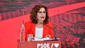 Montero: Los que demonizan los debates fiscales están defendiendo a unos pocos