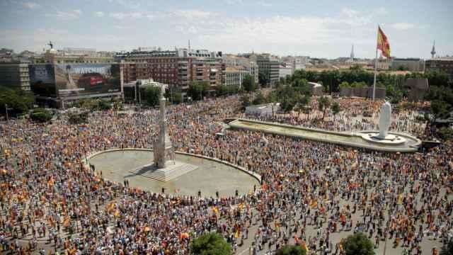 La plaza de Colón, inundada de gente para protestar contra los indultos a los presos del 'procés'.