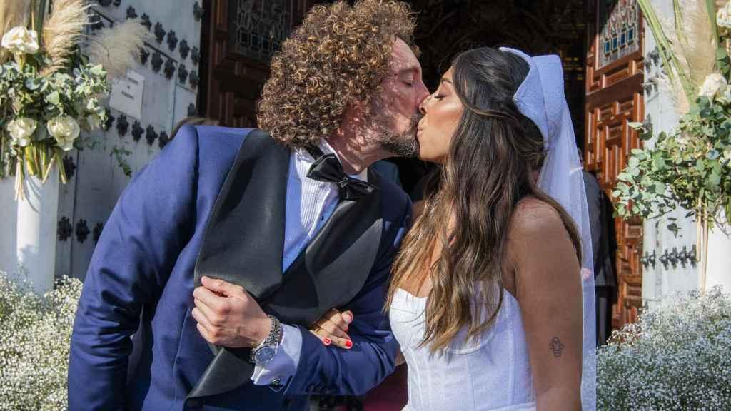 José Antonio León y Rocío Madrid se demostraron su amor durante todo el enlace.