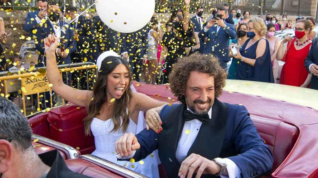 José Antonio León y Rocío Madrid, en camino a la celebración de su boda.