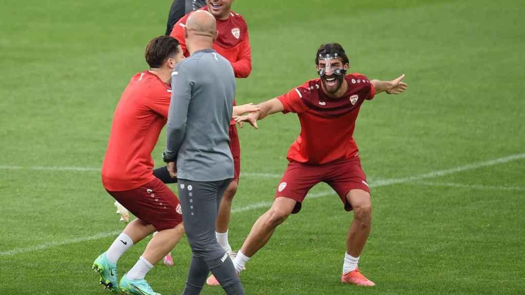 Los jugadores de Macedonia del Norte en un entrenamiento