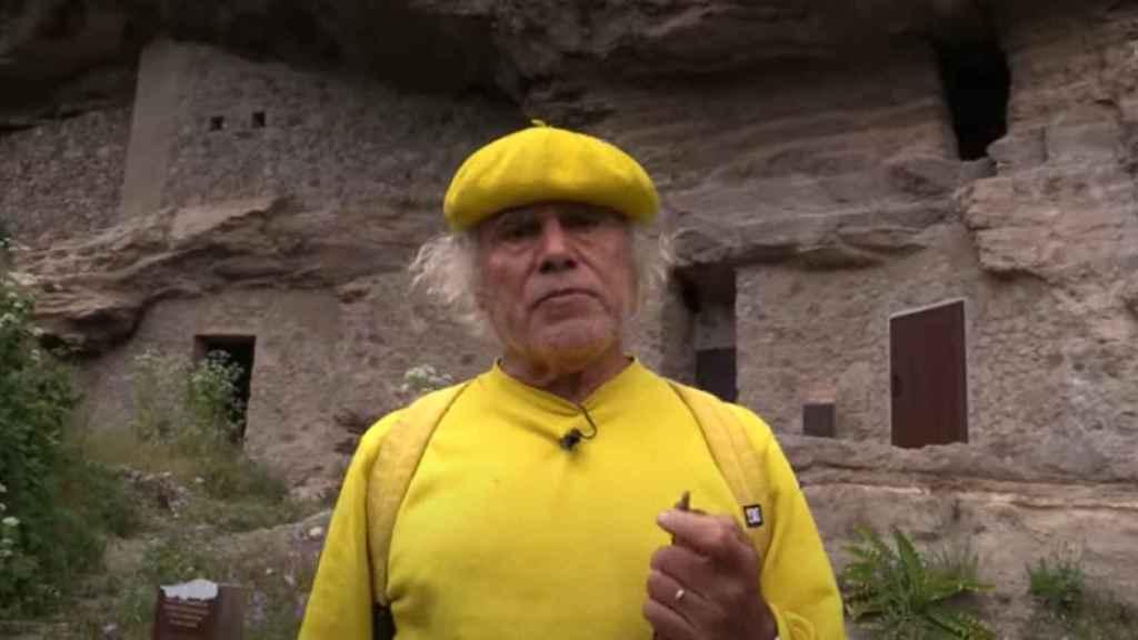 Fernando Báez Santana, conocido como el 'padre Báez' en una aparición en televisión.