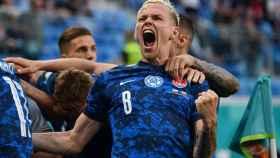 Duda celebra el gol de Eslovaquia