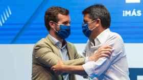 Pablo Casado, presidente el PP, y Carlos Mazón, próximo presidente de la formación en la Comunidad Valenciana. EE