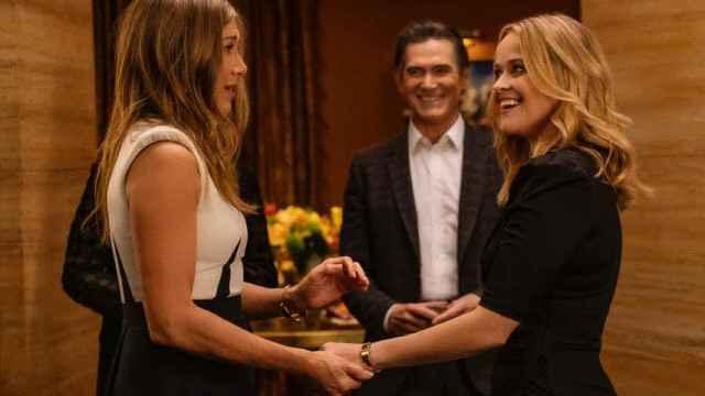 Jennifer Aniston y Reese Witherspoon seguirán protagonizando 'The Morning Show' en su segunda temporada.