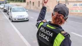 Agente de Policía Local en Alicante, en imagen de archivo.