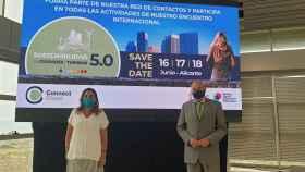 Sandrine Gil y Antonio Rodes, en la presentación del encuentro sobre Sostenibilidad en ciudades y turismo.