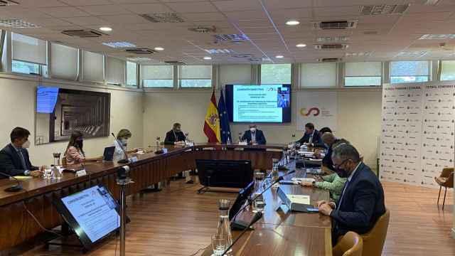 La Comisión Directiva del Consejo Superior de Deportes, reunida para aprobar la profesionalización del fútbol femenino español