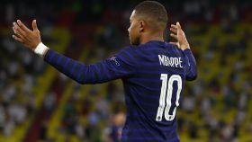 La reacción de Kylian Mbappé tras saber que le habían anulado el gol