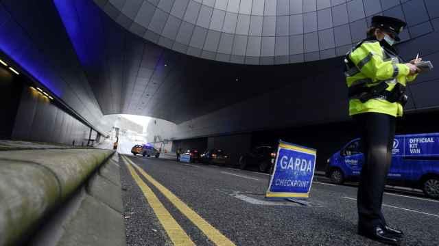 Un control de la policía irlandesa.