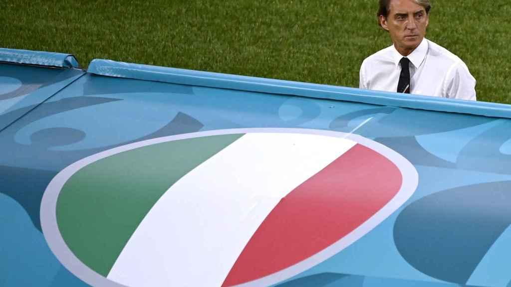 Mancini, seleccionador italiano, en el banquillo