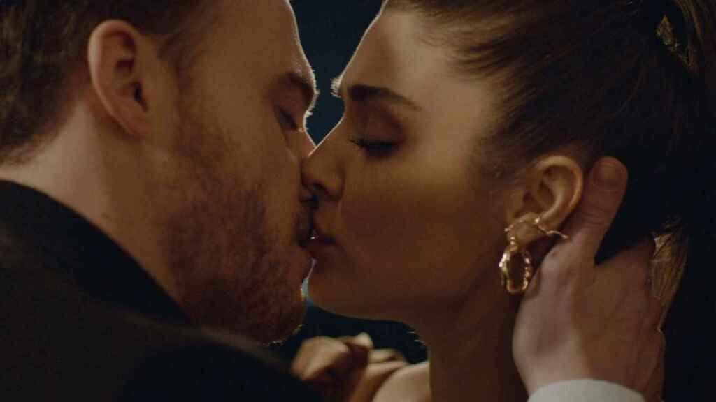 Mediaset trató de seguir la estela de 'Mujer' y 'Mi hija' con 'Love is in the air'.