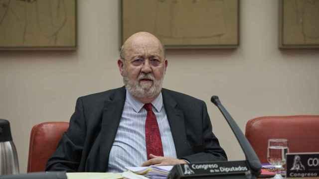 El presidente del CIS, José Félix Tezanos, comparece en una Comisión Constitucional en el Congreso de los Diputados.
