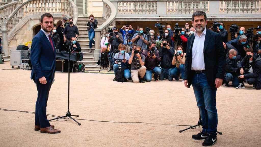 Pere Aragonès y Jordi Sànchez, en la presentación del acuerdo de 'Govern'.