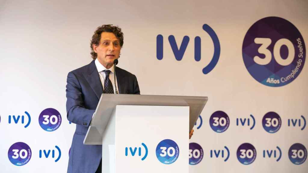 José Remohí, cofundador del IVI, en el acto de celebración del 30 aniversario. EE
