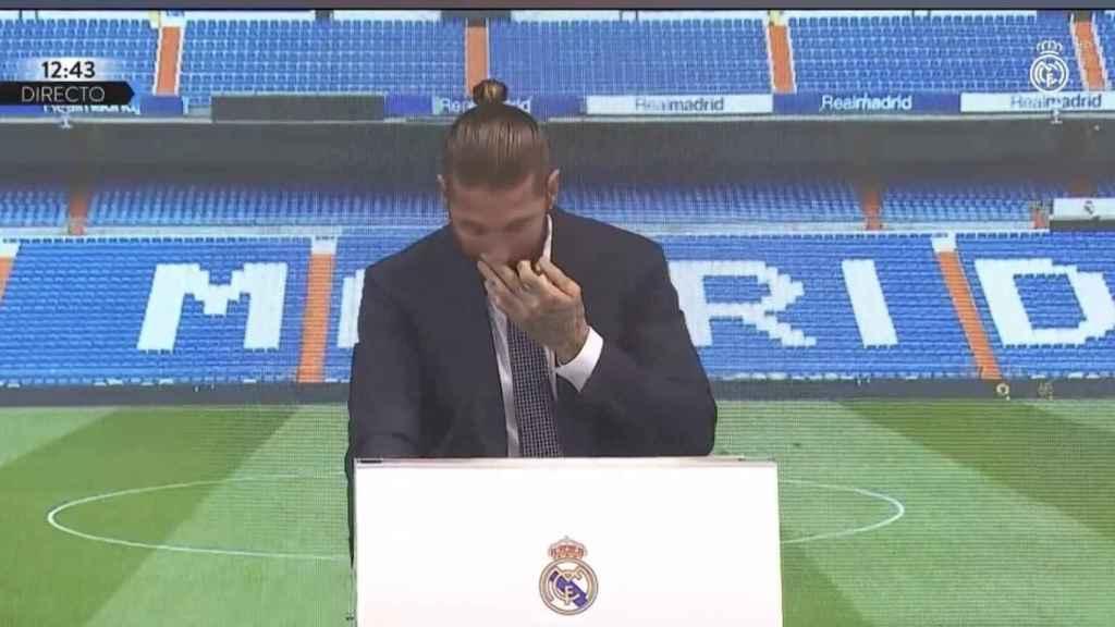 Sergio Ramos, emocionado durante su discurso de despedida