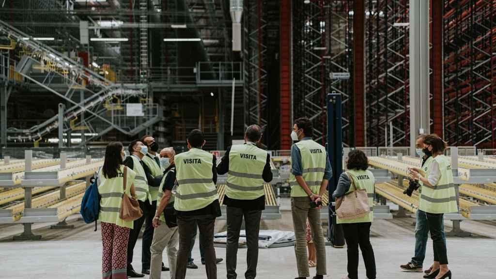 El centro regulador tiene dieciocho metros de altura.