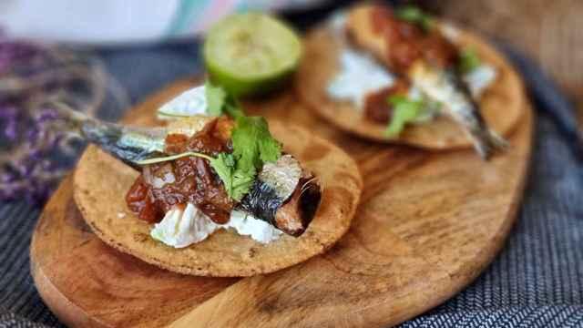 Tacos dorados de sardina, una receta mexicana con sardinas